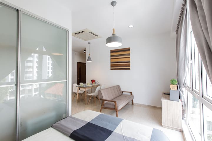Maison Ava302