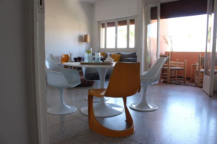 Room in a hip apartment in a trendy neighbourhood - Marrakech - Apartment