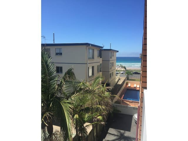 Apt close to the beach and with central location - Surfers Paradise - Pis