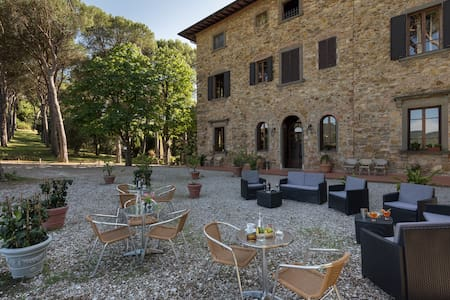 An entire Villa in Chianti, surrounded by nature! - グレーヴェ·イン·キャンティ - 別荘