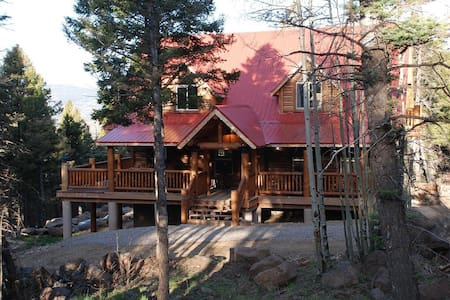 High Mountain Vacation Home NM - Angel Fire