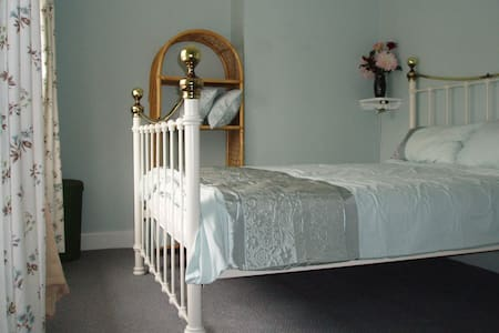 Lauries End - Holiday Cottage - Wimborne Minster - Dom