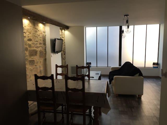 Appartement pour 2 a 5 personnes (  Puy du fou )
