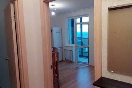 Студия посуточно и на долгий срок - Yekaterinburg - Serviced apartment