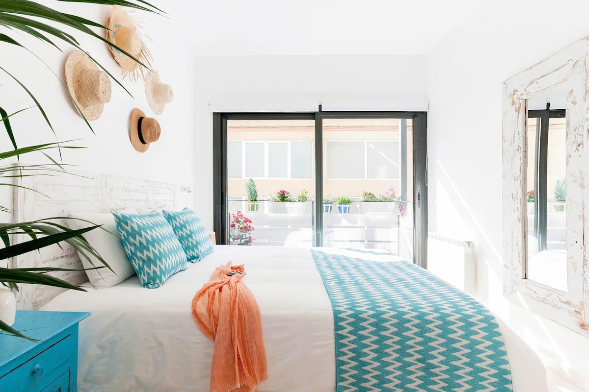 La Mediterránea - Homecelona Apartments