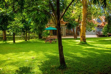 Windsor Close Villa