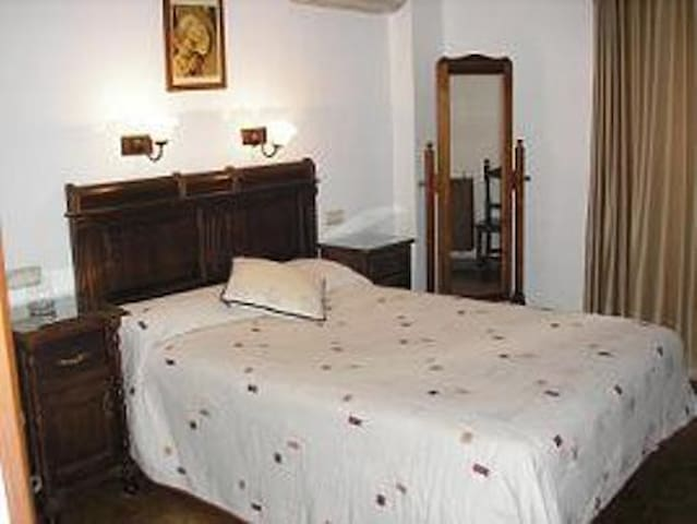 Habitacion Matrimonial o doble baño - Antequera - Bed & Breakfast