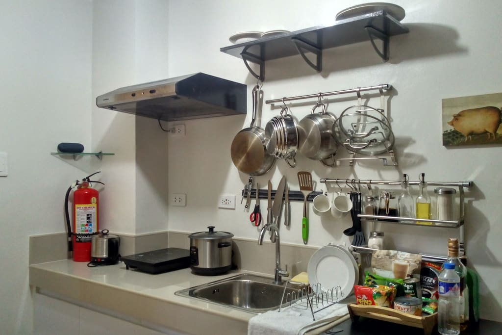 Full kitchen. We always stock some coffee, canned goods, rice and noodles for our guests.
