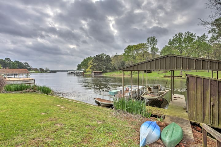 This beautiful home is ideally situated along the shores of Lake Athens.