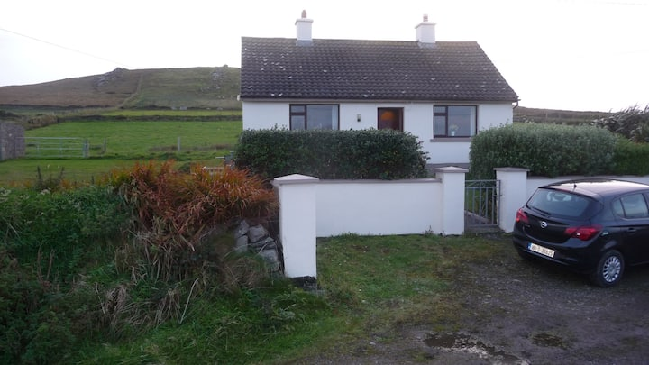 Tranquil Eco Haven on Valentia