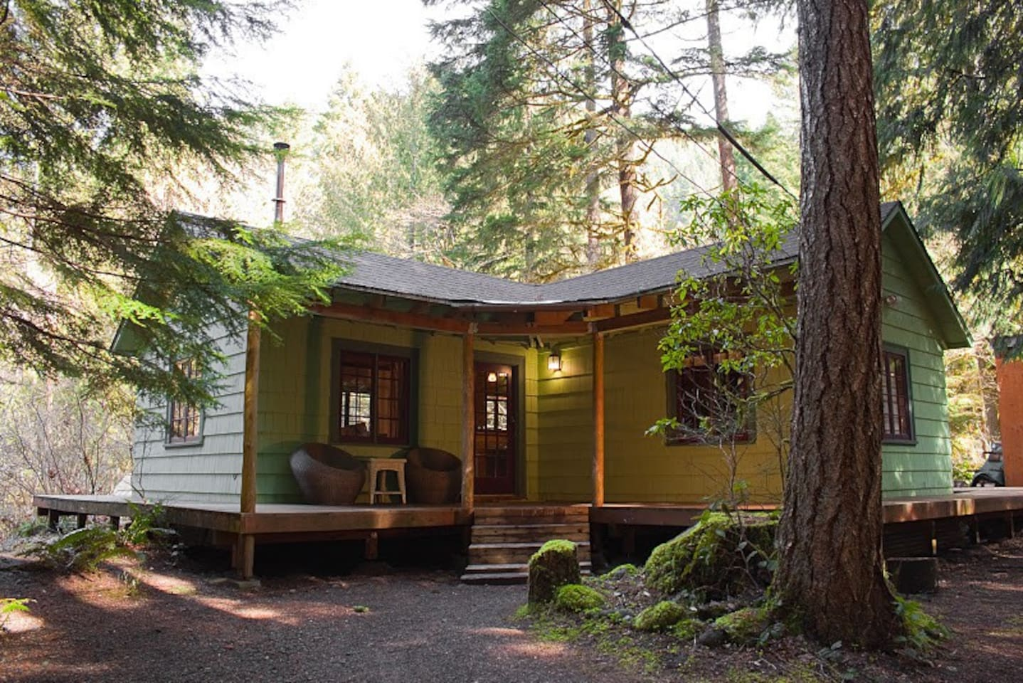 santiam newer rent has oregon clear older for cabin resort near cabins that pin and the lake pass rentals