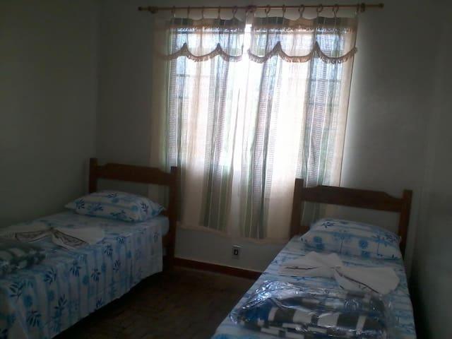 HOTEL PLAZA RIOS - Entre Rios de Minas - Dorm