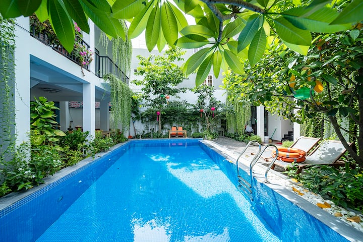Tranquility hidden studio with pool