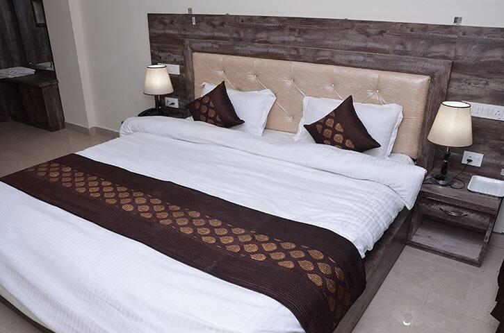 Deluxe Rooms at Naddi McLeodGanj Dharamshala III
