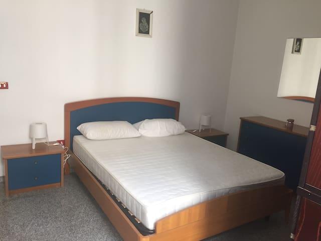 Spazioso appartamento a 100 metri dal mare