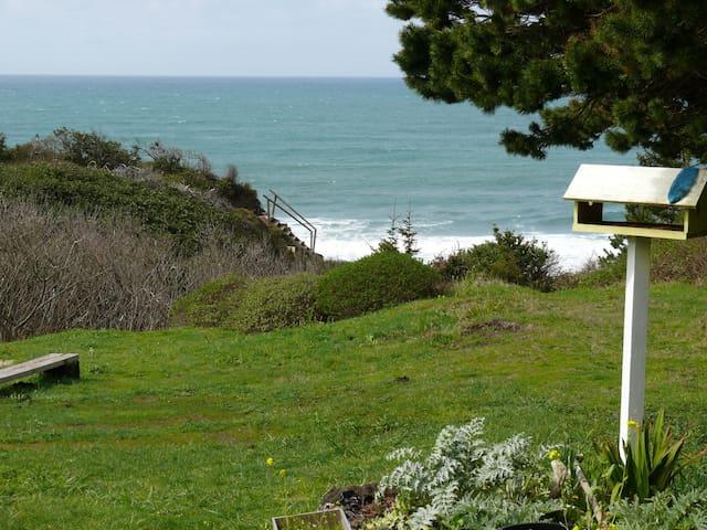 Romantic Beach House Oregon Coast