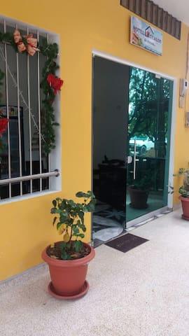 Servicio de Habitaciones privadas en Necoclí. - Necoclí - Casa
