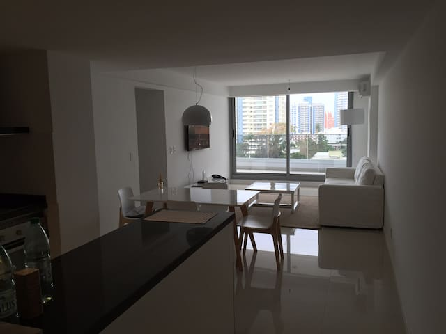 Premium Tower a block away from the beach - Punta del Este - Appartement