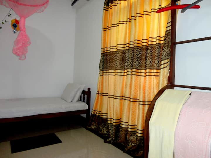 Thilini Home Stay