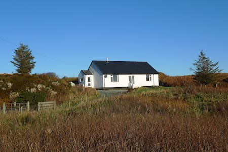 Wild Orchid Cottage, Skye, self-catering cottage - Struan - Hus