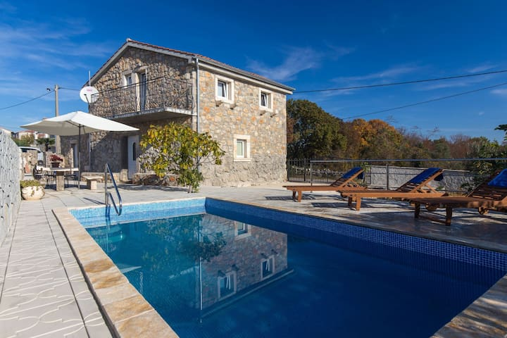 Holiday house with pool and garden A4 Vladimir - Brzac - Casa