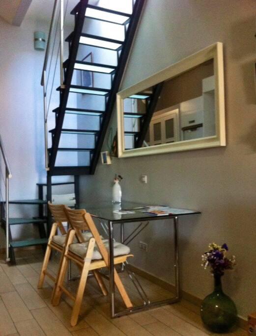Acceso interior a terraza