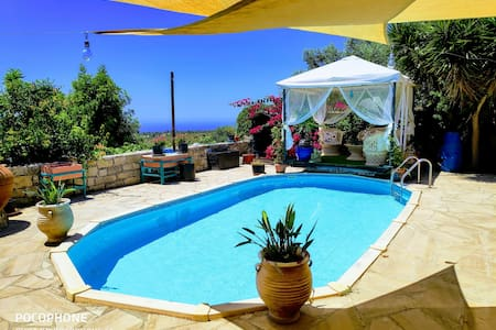 Cool sea view apartment+pool+pergola+patio