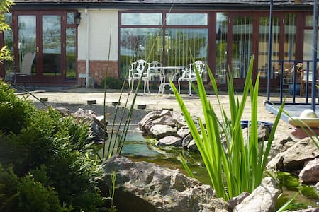The Annex Self Catering adjoining Orchard Side B&B - Hanley Swan
