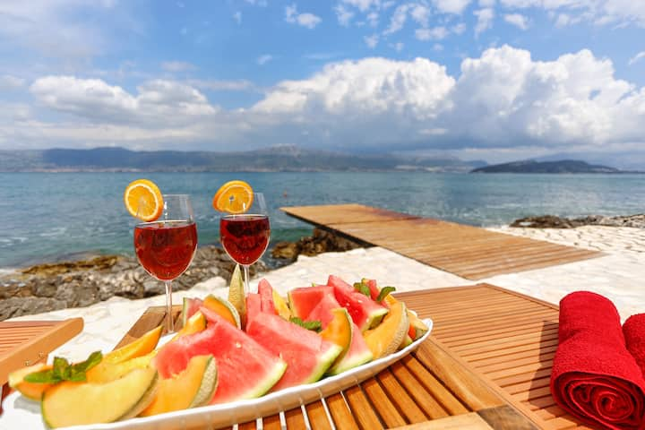 Luxury Villa Richi