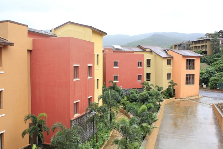 JenJon Holiday Homes - Lavasa