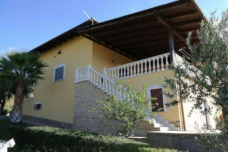 Villa de Sole - Favara