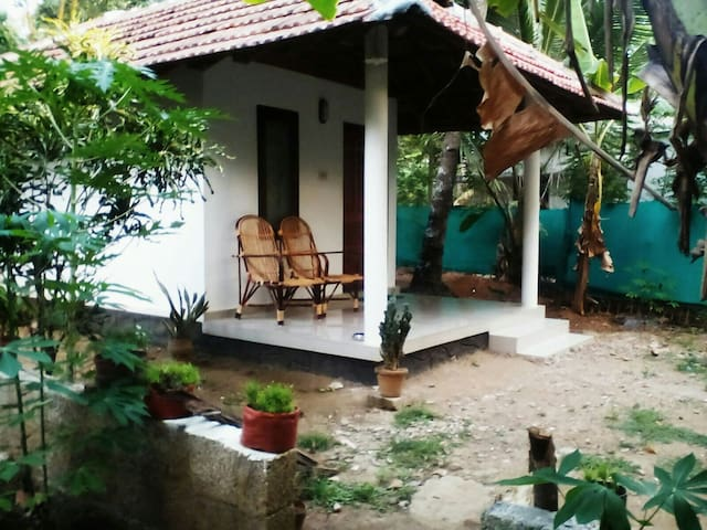 Munroe Days Home Stay Cottage - Kollam - Gjestehus
