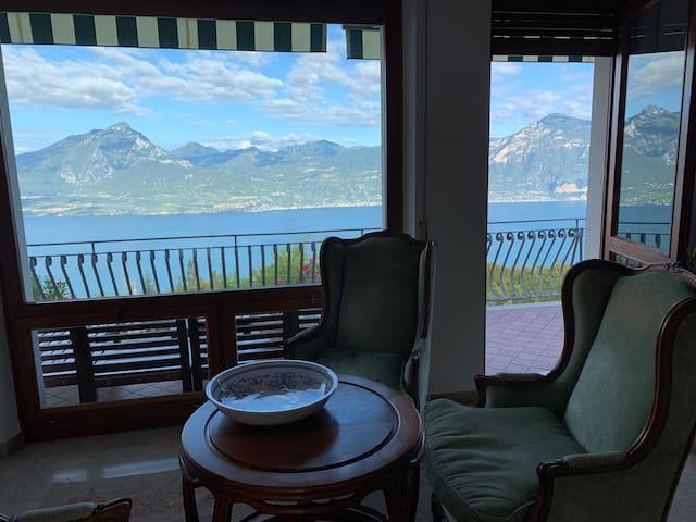 Villa Gaja lux herrlichen Blick auf den Gardasee