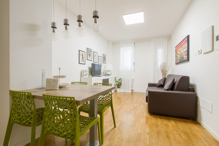 Appartement à MILAN proche M1 RED: 10 'du centre