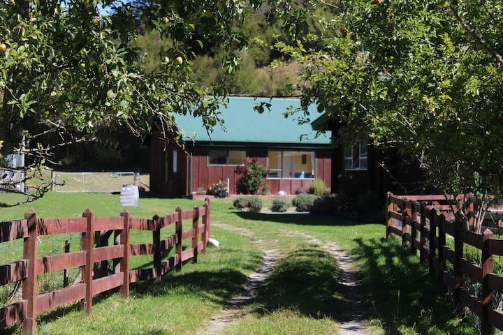 Kahurangi Cottage Wilderness Retreat.