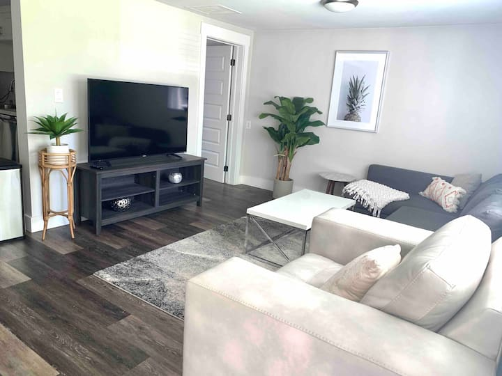 Modern & Comfortable Retreat