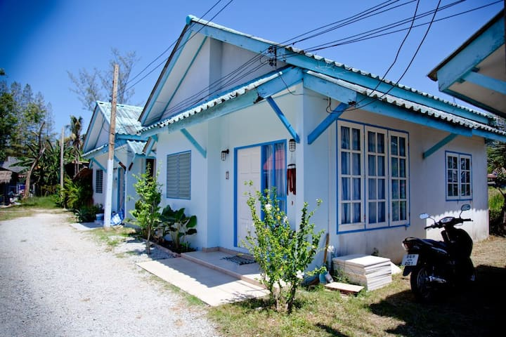 Nobis Inn Bangtao, smart & clean! - Thalang - Huis