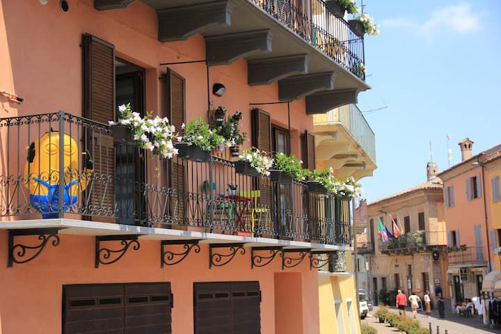 Balcone Fiorito Neive
