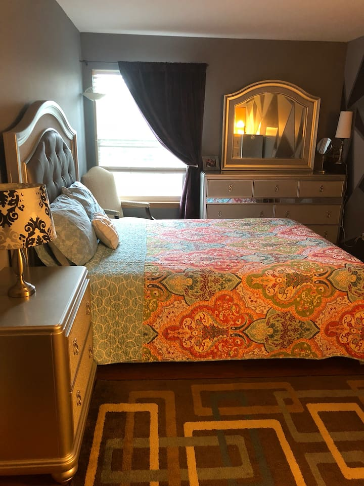 Fully high and furnished room