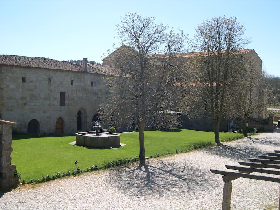 Sala do Capítulo, Jardim e Estacionameno