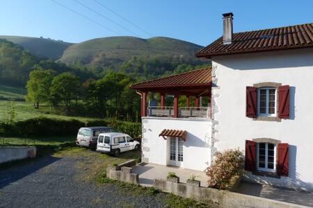 Chambres privées au coeur du Pays Basque
