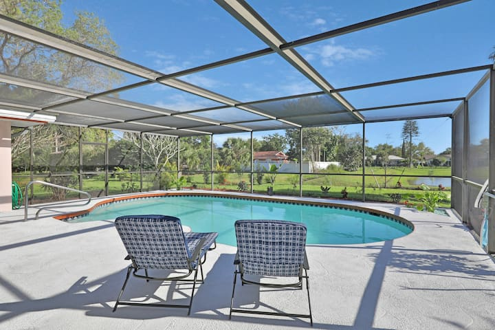 Dog-friendly home in a gorgeous private neighborhood - close to the Gulf!
