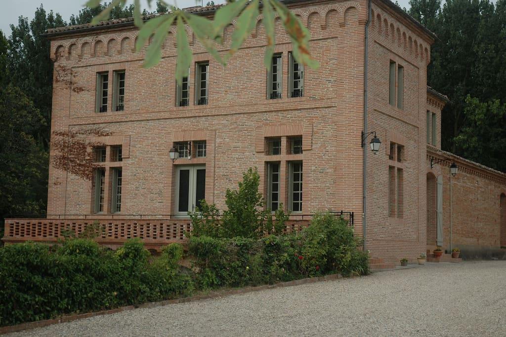Maison de Sagnes front of property