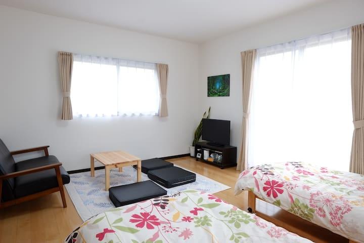 Cottage Kutsuroki