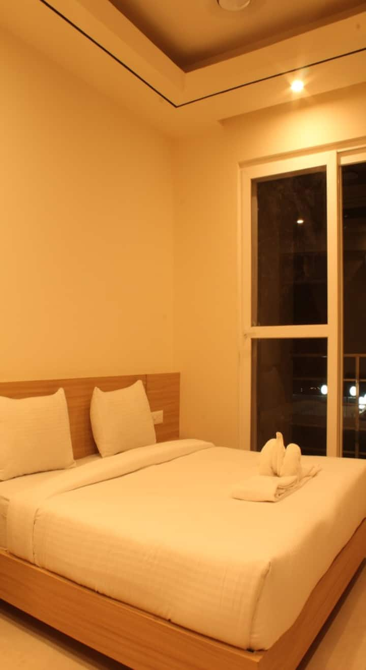 BreakFree BPP Rishikesh Queen Private With Balcony