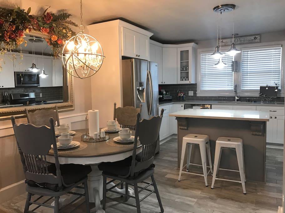 Kitchen & Nook Room