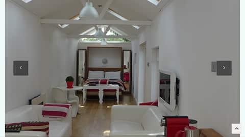 The summer house London