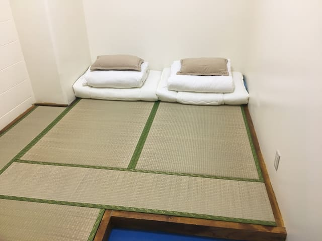 オキナワステイ Hostel 青年旅舍 Tatami room 2person 2人