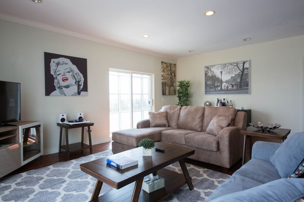 Luxury Penthouse 5 Bds With Views Sunset Hollywood Apartments For Rent In West Hollywood