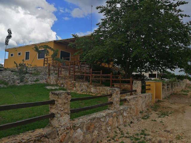 Nice house in private ranch near the city